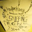 SNIFFING GLUE_IRON_1